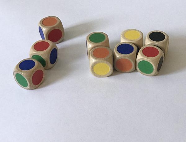 Farbwürfel aus Holz