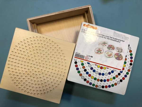 Perlenbrett Set Brett und Modellkarten rund