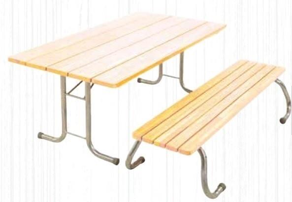 Außentisch mit verzinktem Gestell